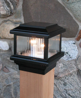"Tall Flat Top Decklight-Black- 12 v.-(6"" wood)"