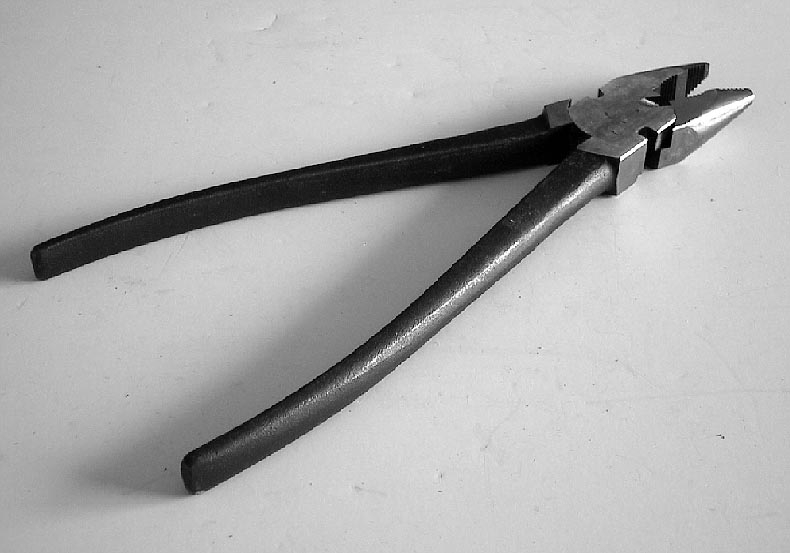 Fence Pliers- heavy duty